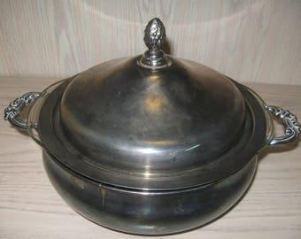 Silver Plate English Silver Mfg Corp Leonard Casserole Dish with Glass Pyrex Insert