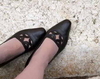 Vtg black leather shoes.