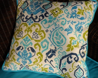 "Outdoor fabric 2 tone turquoise/lime navy 18""x18"" pillow w/piping"