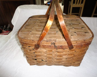 Woven Wood Basket Picnic With Pie Shelf Tray Swing Handles Hinged