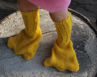 Ready to ship 4T New and Unique Handmade Funny Canary Yellow Knitted Duck Foot Leg Warmer Slippers for Children little Boy Girl Grandson Granddaughter Christmas Present