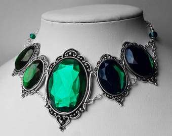 Emerald Morticia Jewel Necklace