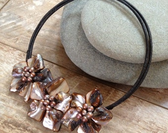 Handmade brown gold pearl flowers necklace/ metal free jewelry/ metal free necklase/ wedding jewelry/ wedding necklace