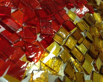 100  CHRISTMAS  RED & GOLD Holiday Mix Stained Glass Mosaic Tiles B38