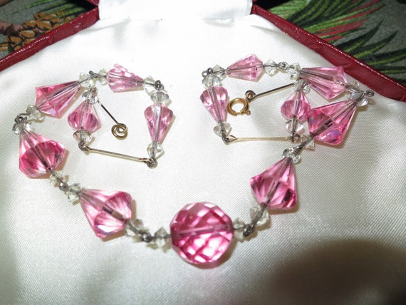 Wonderful old vintage Deco faceted pink crystal rolled gold necklace