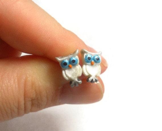 Owl Earrings - Bird Earrings - Owl Jewelry - Owl Stud Earrings - Snowy Owls - Hypoallergenic Earrings - White Owl Earrings - Animal Jewlery