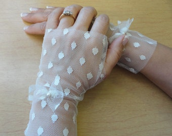 Fingerless Gloves Ivory Polka Dots Lace