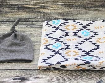 Aztec Swaddle Set/ Newborn swaddle set/ Baby boy set/ Baby boy swaddle set/ Baby shower gift/ Baby boy blanket set/ Muslin swaddle blanket