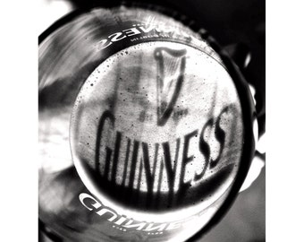 Pint of Guinness Print, Beer Photography, Gifts for Him, Black & White Photography, Wall Decorations, Wall Art, Photos for Framing - Guinnes