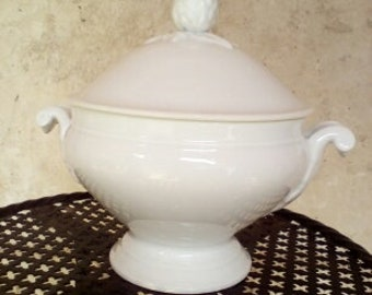 old white porcelain soup tureen vintage french 30's