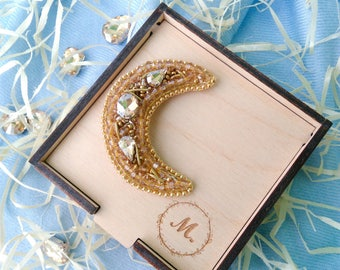 Brooch Gold Moon