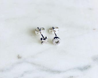 XO sterling silver stud earrings