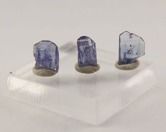 3 piece selection of Tanzanite crystals 2.6 ct