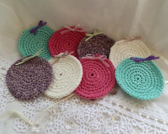 Set of 8 under glass in crochet