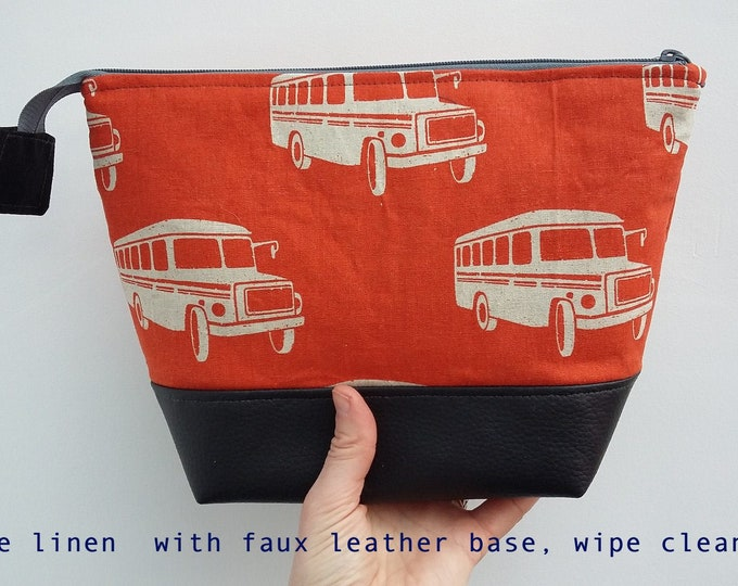 Featured listing image: Retro American School Bus Man's Large Wash Bag