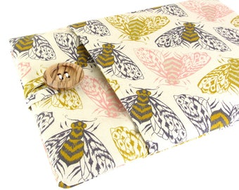 """Women's Laptop Sleeve 15.6"""" - Custom Sized To Your 15 Inch Laptop - Padded With Pocket, Bee Fabric"""