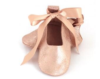 Flower girl shoes, rose gold ballet flats, rose gold baby shoes, baby moccasin, baby shower gift, birthday gift, toddler leather shoes