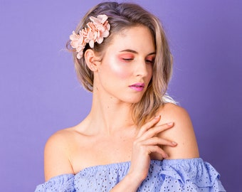 Bronwen Hydrangea Blossom Side Hairpiece