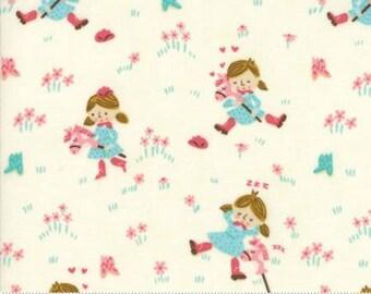 Girls Best Friend Porcelain 20551 11 Howdy by Stacy Iest Hsu for Moda