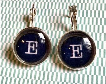 Letter E typewriter key cabochon earrings- 16mm