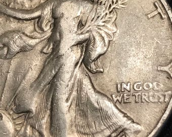 1945 D Walking Liberty Silver Half Dollar in Almost Uncirculated condition. Great detail from Liberty to the eagles feathers! Stunning!!!