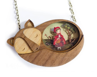 The Little Red Riding Hood. Necklace.