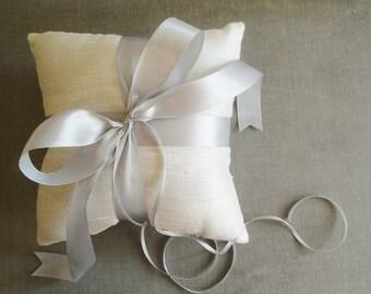 Simple Ivory Dupioni Silk Ring Pillow, Ring Bearer Pillow with Light Grey Satin Ribbon Ties