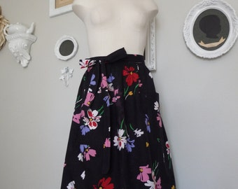 Vintage 1950s Floral Wrap-around Skirt