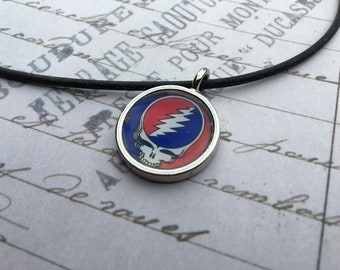 Steal Your Face pendant / Grateful Dead pendant / rubber necklace / Grateful Dead jewelry / Steal Your Face jewelry / Grateful Dead necklace