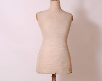 /mannequin vintage dress form