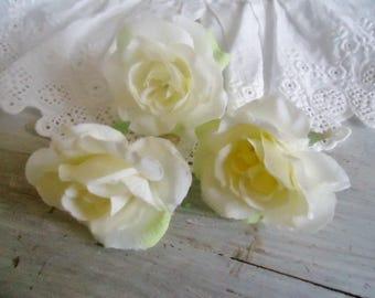 Set of 3 off-white fabric roses, Littles 4 cm