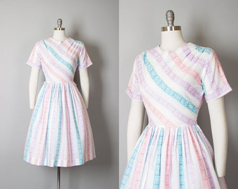 Vintage 1950s Dress | 50s Striped Woven Cotton Pastel White Full Skirt Fit and Flare Day Dress (small)