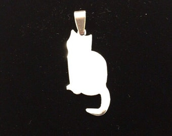 Cat pendant in steel with possibility of custom engraving