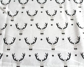 Coupon fabric black and white deer head 50 x 70 cm