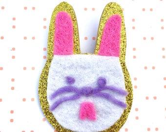 Easter brooch - felt brooch - bunny brooch - Easter gift - Easter jewellery - Easter jewelry
