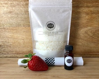 Strawberry shortcake candle, Strawberry Soy Candle Making Kit, Grandmother gift, mother gift, sister gift, friend gift, birthday gift