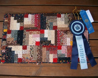 Log Cabin rug, rag rug, cotton rug, throw rug, accent rug, fiber art, hooked rug, locker hook rug, wall hanging