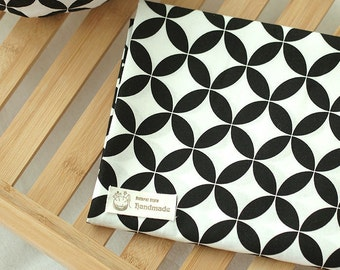 Black and White Patterns Cotton Fabric - Clover - By the Yard Northern Europe Style Modern Pattern 39406