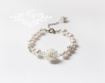 Wedding Jewelry Single Strand Swarovski Pearl Bracelet Flower girl Bracelet Bridesmaids Bracelet Children Bracelet resin flower bracelet