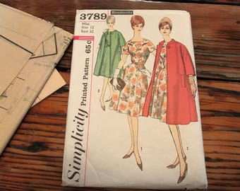 Simplicity misses 60's  slenderette dress and coat