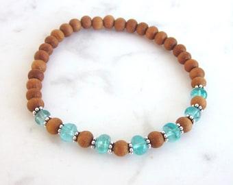 Apatite sandalwood bracelet, modern stacking gemstone bracelet, sandalwood yoga bracelet, elastic gemstone bracelet, yoga jewelry