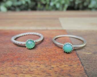 Chrysoprase Stacking Ring / Sterling Silver Ring / Stackable Chrysoprase Ring / Green Stone Ring / Gemstone Ring / Chrysoprase Jewelry