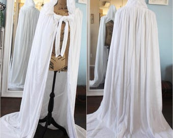 Custom Color + LengthWedding Cloak / Velvet Cloak / Winter Wedding Cloak / Hooded Cloak