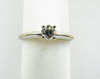 Diamond 14K White Gold Solitaire Engagement Ring. 1/5 Carat 0.20 Round Brilliant Cut. Clean Colorless. Four Prong Setting US Size 6 Estate