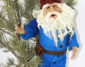 Needle Felted Gnome/Christmas Gnomes/Garden Gnomes/Christmas Garden Gnomes/Gnome Gifts/Female Gnome/Gnome Art/Funny Gnomes/Gnome Ornaments