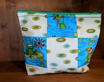 Frog and Lily Pad Quilted Zipper Pouch, Make-Up and Cosmetic Bag, Travel Bag, Electronic Case, Cord Storage - Frogs