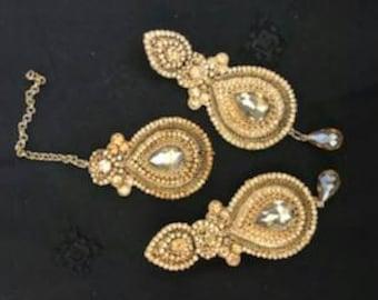 Tikka with matching earrings