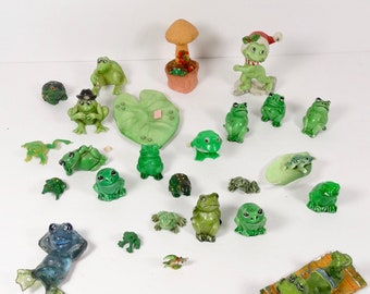 1970s Frog Collection - Vintage Frog Figurines - Large Lot of Frogs Terrarium Decor