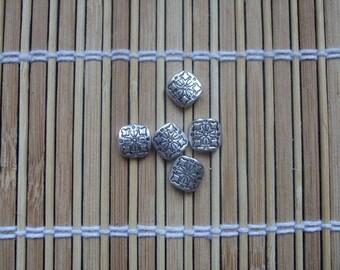 Lot de 5 perles métal carrées 10 mm