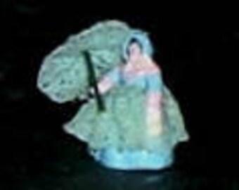 Miniature SOUTHERN LADY STATUE - Tiny
